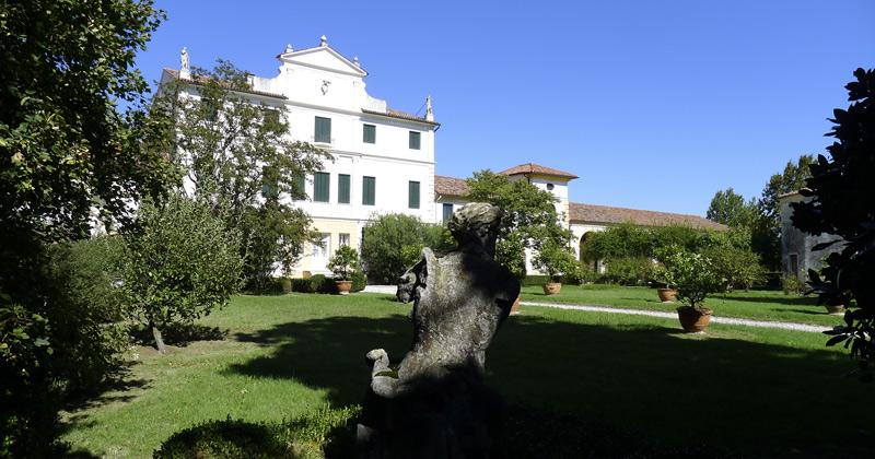 villa_cabrini_moore