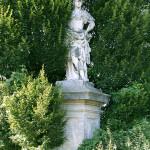 Villa_Cabrini_Moore_Cabrini_statue_01