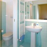 Villa_Cabrini_Moore_emily_room_1_bath
